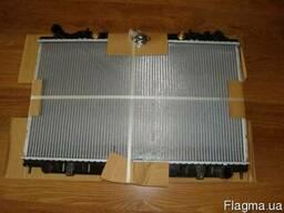 Радиатор Nissan Maxima 1995-2000 года
