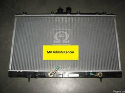 Радиатор охлаждения Mitsubishi Lancer