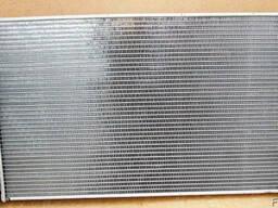 Радиатор охлаждения Opel Vectra C радиатор Опель Вектра С