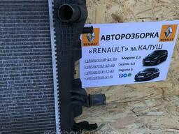 Радіатор охолодження двигуна Renault Megane 3 Scenic III 09-15р. (радіатор основний. ..