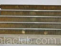 Радиатор отопителя фронтальный /лобового стекла/ E2-E3 /.