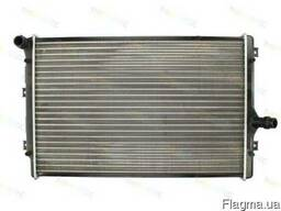 Радиатор воды Caddy III 1.6/2.0TDI (AT/ /- AC) 10-