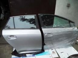 Разборка. Дверь Правая передняя задняя Toyota Avensis T27