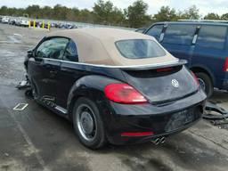 Разборка Volkswagen Beetle 2013