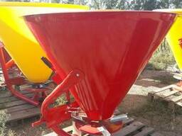 Разбрасыватель 500 кг фирмы Jar-Met Польша - фото 1