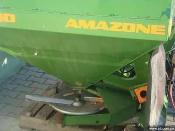 Разбрасыватель Amazone 2200 литров