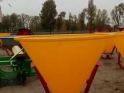 Разбрасыватель минеральных удобрений на 500 кг (бак-пластик) - фото 5
