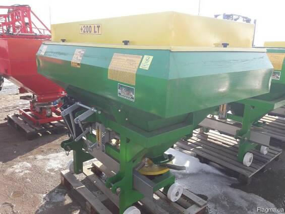Разбрасыватель удобрений 1200 кг фирмы Landforce (Турция)