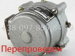 РД-09 185 1/6. 25 двигатель реверсивный, электродвигатель