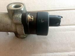 Регулятор давления топлива 31402-27000 на Hyundai Accent 06-