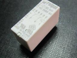Реле RM84-2012-35-5024 Relpol