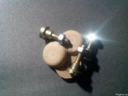 Ремкомплект вибрационного насоса. Клапан. Спецвинт. Грибок