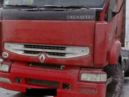 Рено Премиум 400 ( двигатель, бампер, подножки, рессоры, бак
