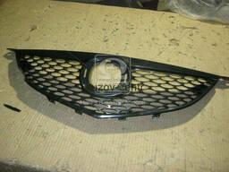 Решетка черная Mazda 3 04-09 SDN -06, OEM:  /. ..