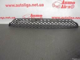 Решетка переднего бампера центральная Sprinter W906 06-13