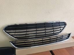 Решетка радиатора решетка в бампер Ford Fiesta с 13 года реш