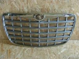 Решетка радиатора Chrysler крайслер 300C 300M
