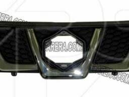 Решетка радиатора хром/черн. Suzuki Vitara 15-. Год. ..