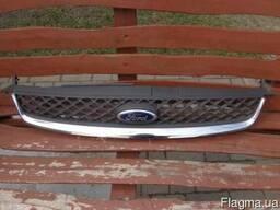 Решетка радиатора хромированная FORD Fiesta MK6 02-08 бу ори