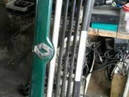 Решетка радиатора Рено Магнум