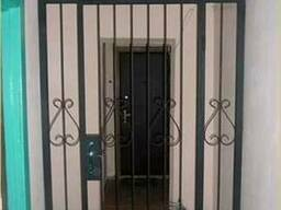 Решетки на двери, решетчатые двери, дверь решетка Киев