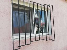 Решетки на окна, двери, балконы (сварные) с установкой