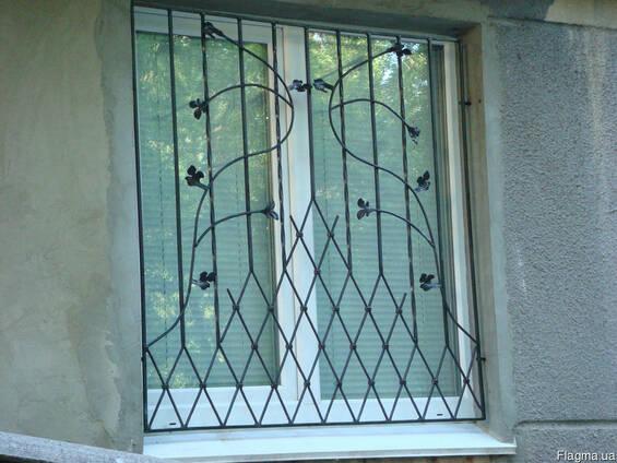 Решетки на окна кованые. грати на вікна. Решітки.