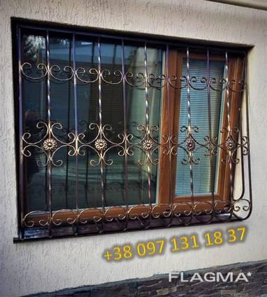 Решетки на окна. Сварные и кованные металлические конструкции
