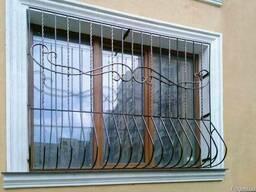 Решетки защитные на окна и двери, изготовление и монтаж