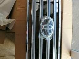 Решётка радиатора LC200 2012-