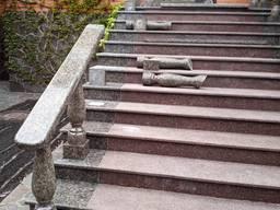 Реставрация изделий из искусственного и натурального камня