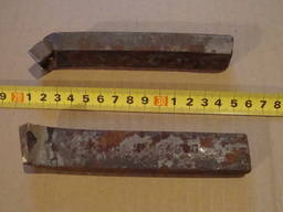 Резцы проходные отогнутые 25х16х140 Р6М5