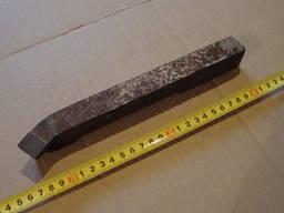 Резцы расточные для сквозных отверстий 32х25х240 Т15К6