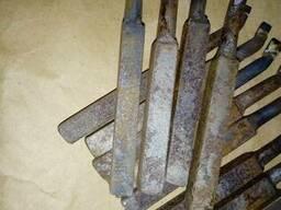 Резец расточной для сквозных отв12х12х120х40 ВК8