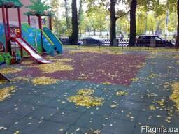 Резиновая плитка для спортивных и детских площадок