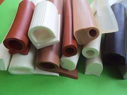 Резиновый уплотнитель для дверей и металлических изделий