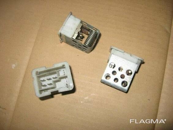 Резистор печки Opel Astra G 90560362