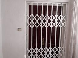 Розсувні грати металеві на двері, вікна, балкони, вітрини. Виробництво установкаТернопіль
