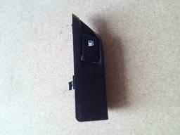 Ручка открывания лючка бензобака Toyota Auris 7730652040