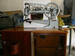 Рукавную швейную машинку 378 класса Солдатка - фото 4