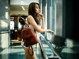 Женский кожаный рюкзак Лимбо, размер средний Винтажная кожа цвет Коньяк