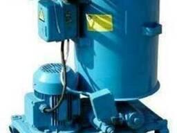 С-321М, аналог — нагнетатель смазки (солидолонагнетатель)