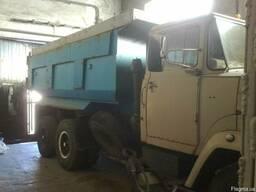 Самосвал КРАЗ-65055 и Краз-250 под кран