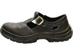 Рабочие сандалии черного цвета