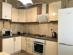 Сдается квартира Киев, Голосеевский, Писаржевского ул. , 8 код 111374763