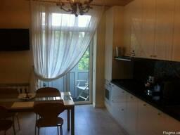 Сдается просторная, раздельная 3-х комнатная квартира Соломе