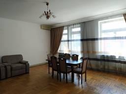 Сдам 4 комнатную квартиру ул. Исполкомовская.