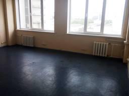 Сдам офис 35 кв. м. , метро Левобережная 300 метров