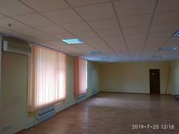 Сдам офис 81м. кв. в Нагорном районе