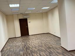 Сдам офисное помещение, 42м2, с современным ремонтом в центре
